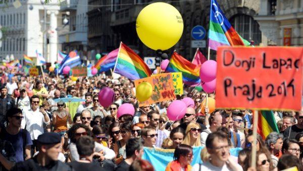 Zagreb 15.06.2013 NOVOSTI -Gay pride 2013   snimio Denis Lovrović