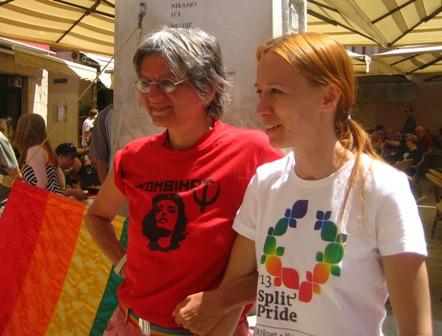 Lepa Mlađenović i Sanja Juras. Foto: Nela Pamuković, Split Pride 2013.